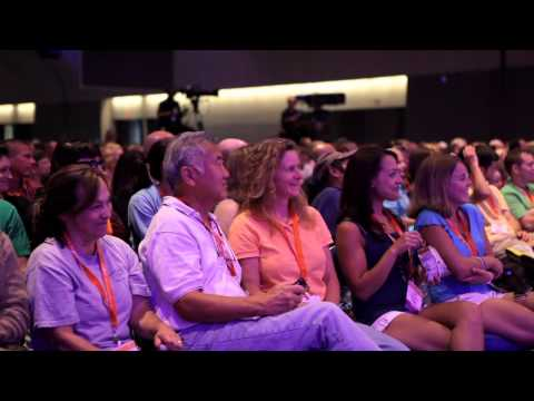 "Overview of Opening General Session -- ""AVMA ""stomps ahead"" with Annual Convention in San Diego"""