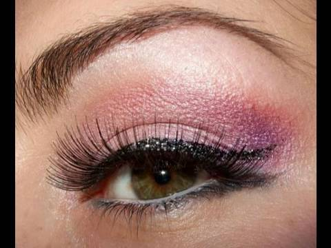 Playboy Bunny Pink make up look w/cat liner