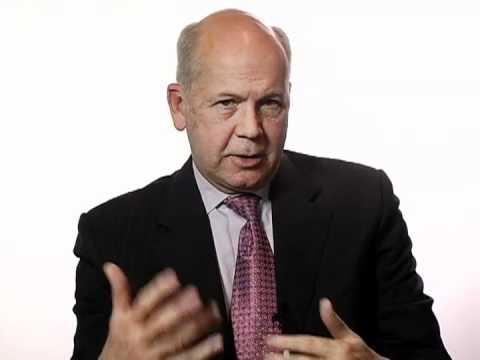 Robert Dolan Teaches Business Ethics