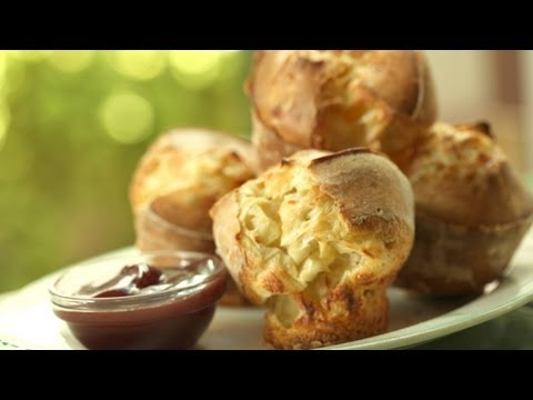 Rosemary Parmesan Popovers Recipe: Make It (How To) || Kin Eats