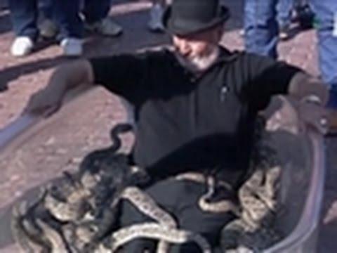 Weird, True & Freaky- Man Takes Bath with Rattlesnakes