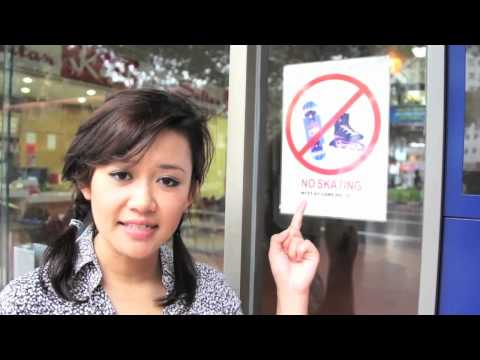 Natalie Tran in Singapore with Lonely Planet