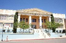 Globe High School