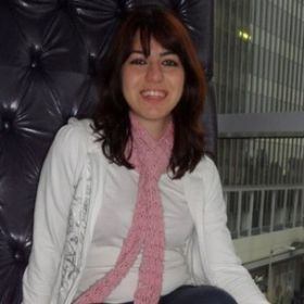 Luiza E.