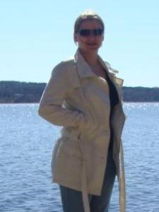 Stefanie D.